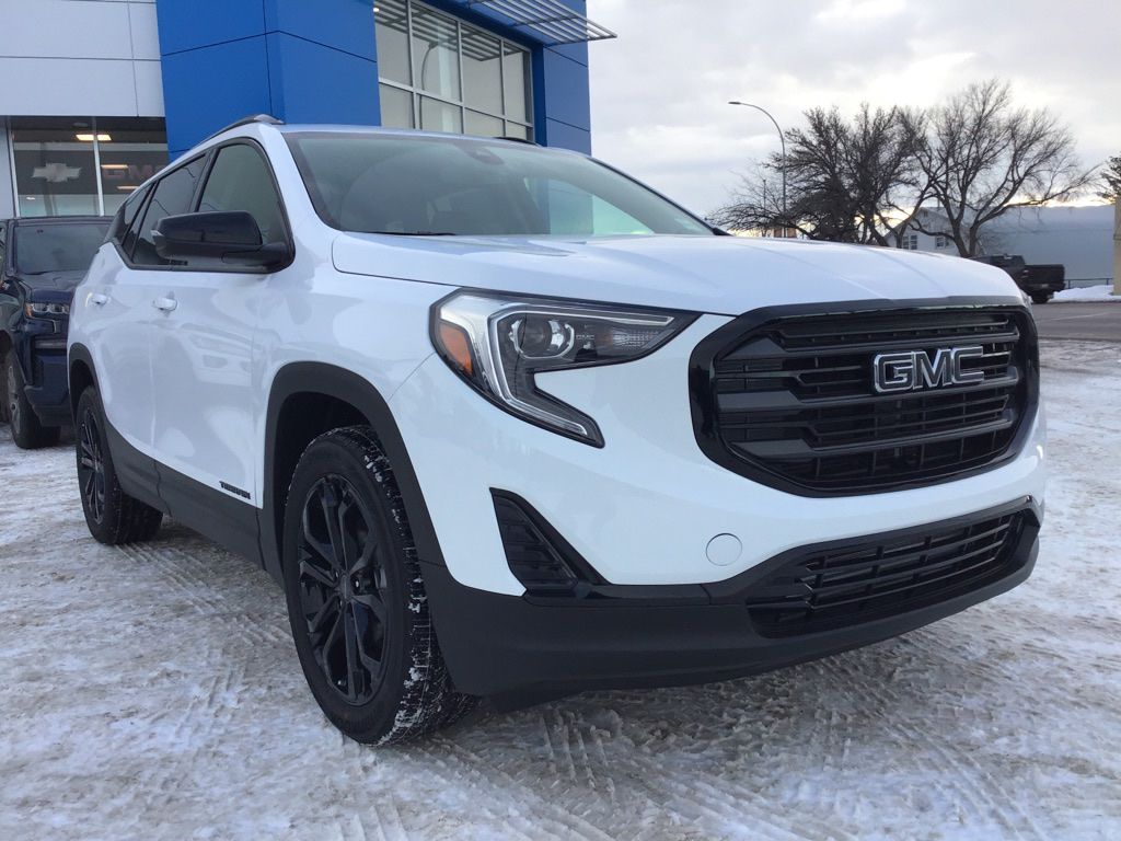 White 2020 GMC Terrain Left Front Head Light / Bumper and Grill in Brooks AB