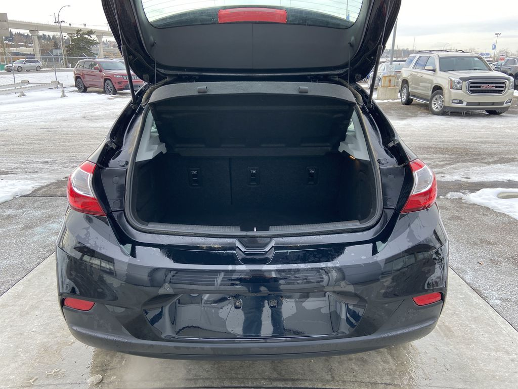 Black[Black] 2019 Chevrolet Cruze LT True North Trunk / Cargo Area Photo in Calgary AB