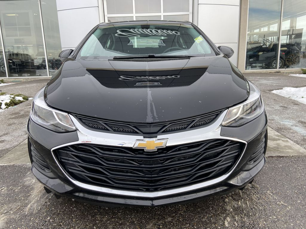 Black[Black] 2019 Chevrolet Cruze LT True North Front Vehicle Photo in Calgary AB
