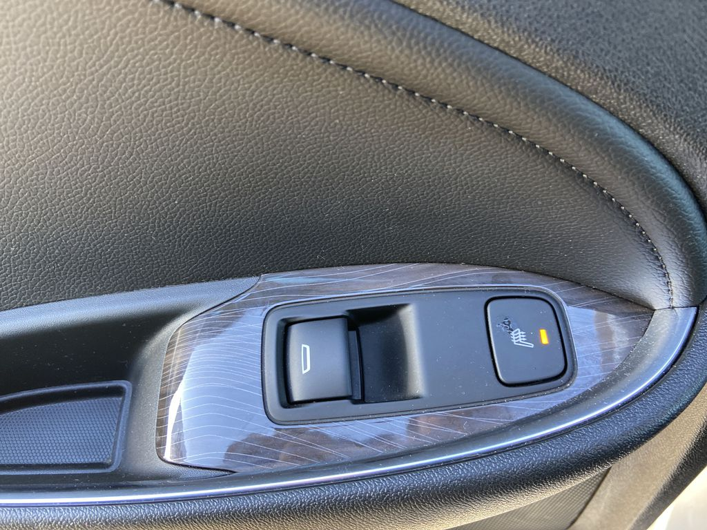 Silver[Silver Ice Metallic] 2020 Chevrolet Malibu Premier LR Door Panel Ctls Photo in Calgary AB