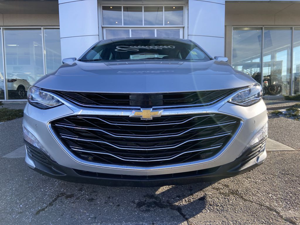 Silver[Silver Ice Metallic] 2020 Chevrolet Malibu Premier Front Vehicle Photo in Calgary AB