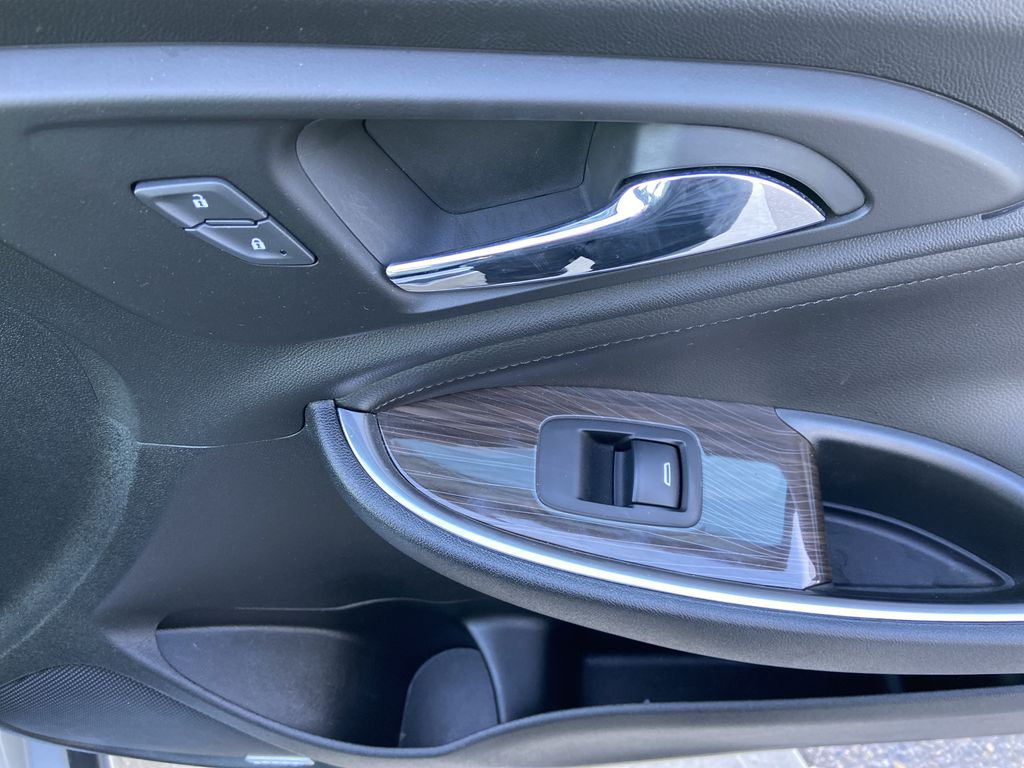 Silver[Silver Ice Metallic] 2020 Chevrolet Malibu Premier Right Front Interior Door Panel Photo in Calgary AB