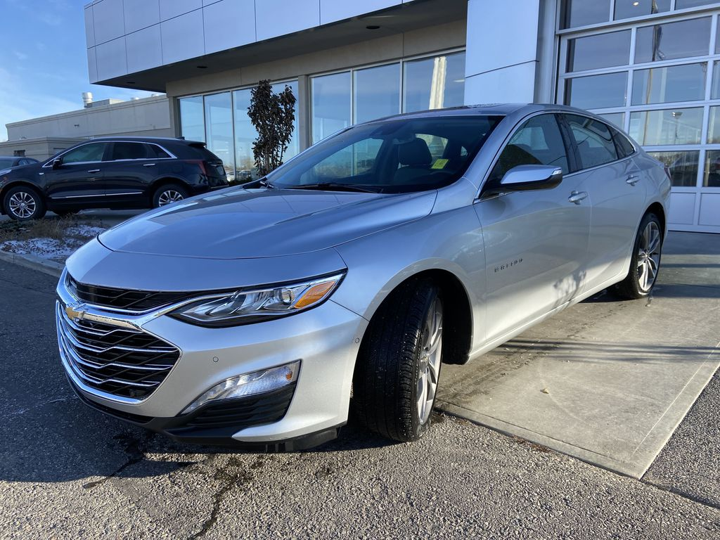 Silver[Silver Ice Metallic] 2020 Chevrolet Malibu Premier Left Front Head Light / Bumper and Grill in Calgary AB