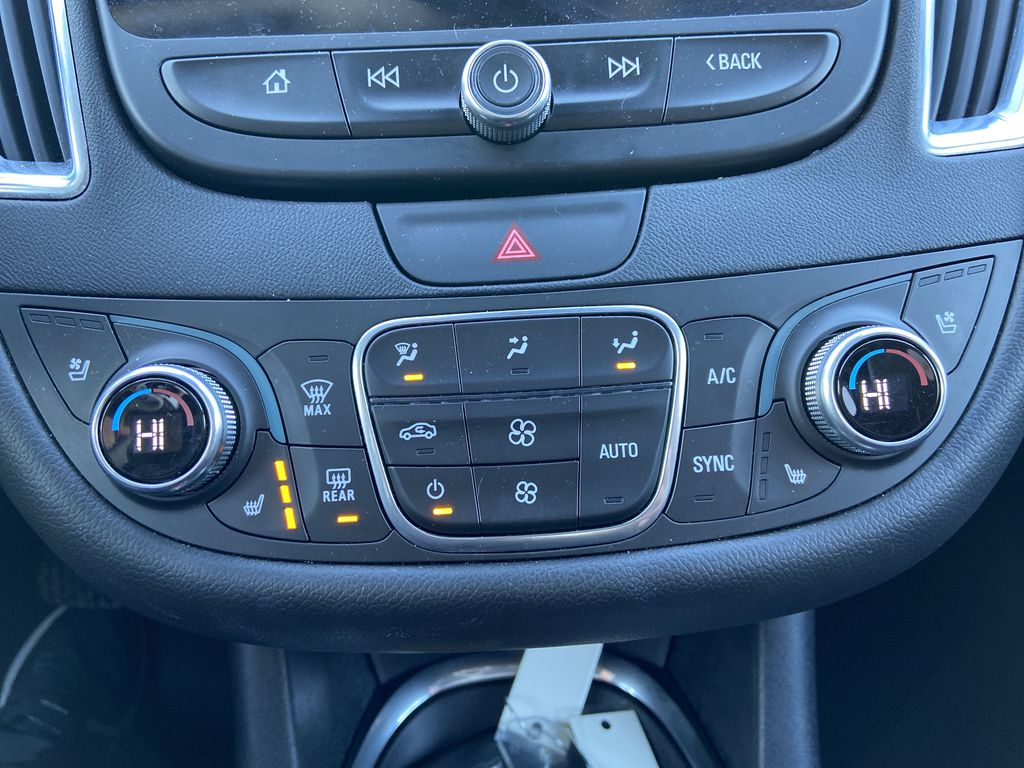 Silver[Silver Ice Metallic] 2020 Chevrolet Malibu Premier Central Dash Options Photo in Calgary AB