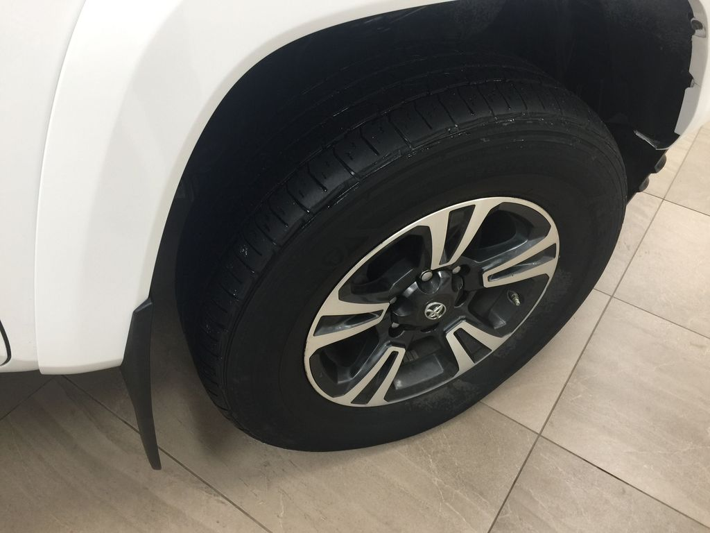 White[Alpine White] 2018 Toyota Tacoma TRD Sport 4x4 Right Front Rim and Tire Photo in Sherwood Park AB