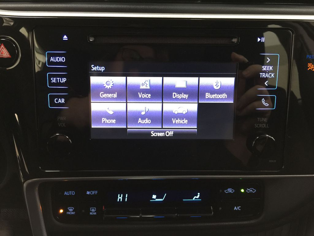 BROWN 2018 Toyota Corolla LE Upgrade Infotainment Closeup Photo in Sherwood Park AB