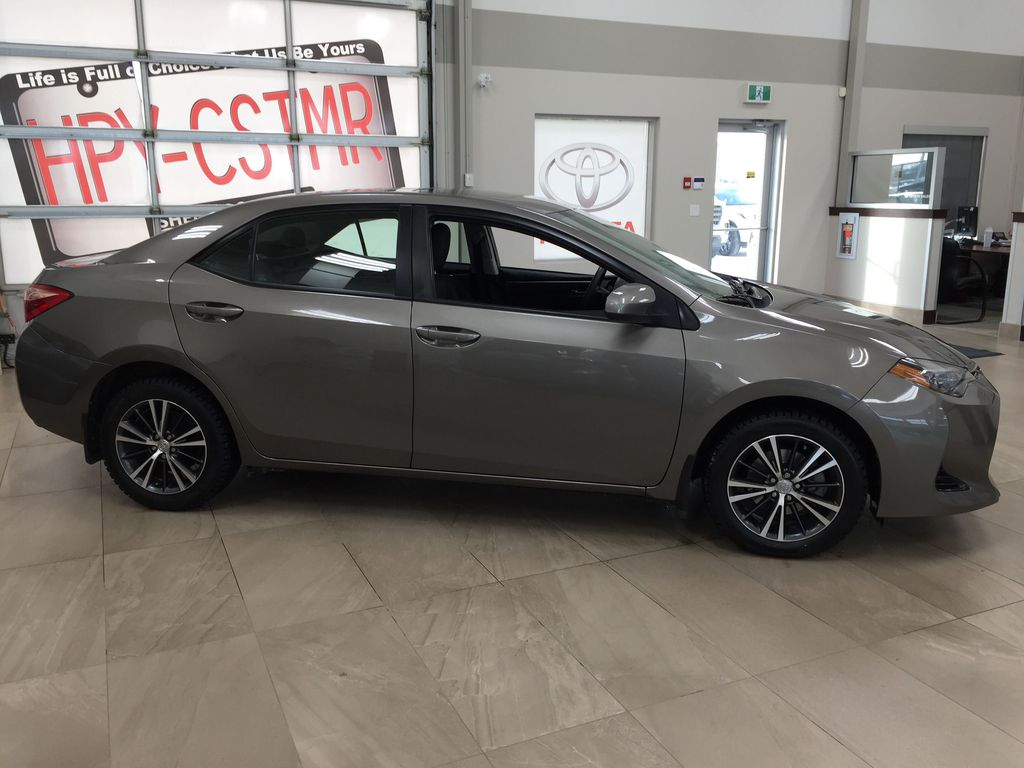 BROWN 2018 Toyota Corolla LE Upgrade Right Side Photo in Sherwood Park AB