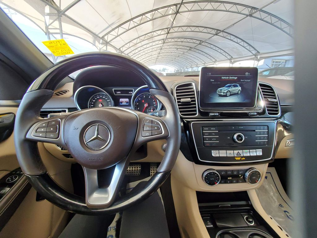 White 2018 Mercedes-Benz GLE Left Rear Interior Door Panel Photo in Airdrie AB