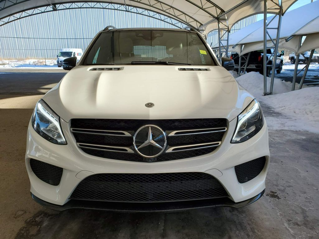 White 2018 Mercedes-Benz GLE Left Front Corner Photo in Airdrie AB