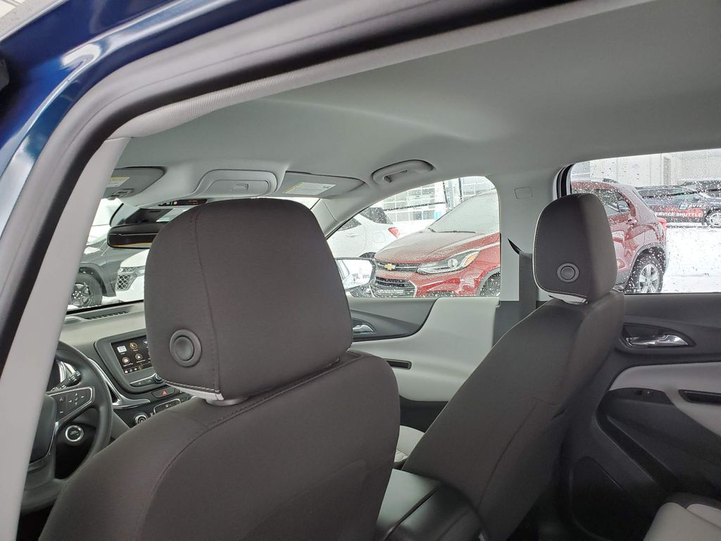 Blue 2021 Chevrolet Equinox Center Console Photo in Airdrie AB