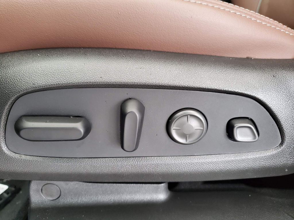2021 Buick Enclave Left Front Interior Photo in Airdrie AB