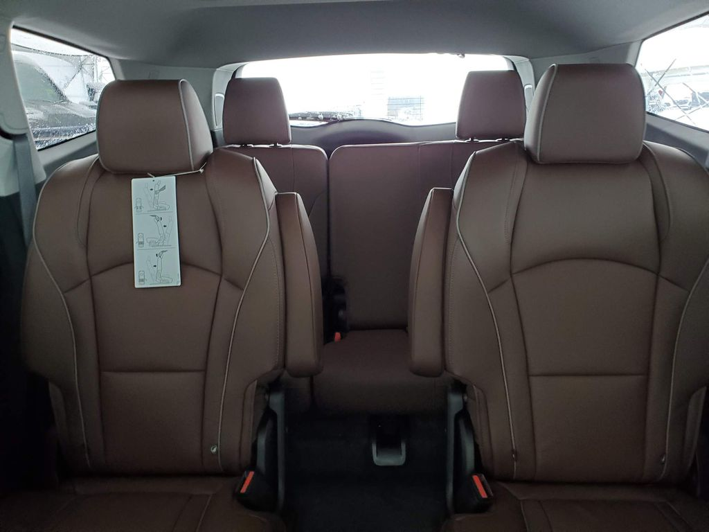 2021 Buick Enclave Center Console Photo in Airdrie AB