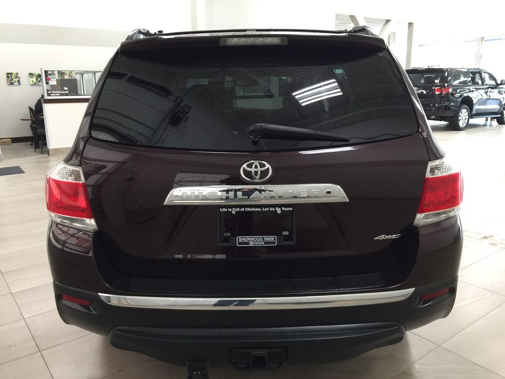 Maroon[Sizzling Crimson Mica] 2011 Toyota Highlander Rear of Vehicle Photo in Sherwood Park AB