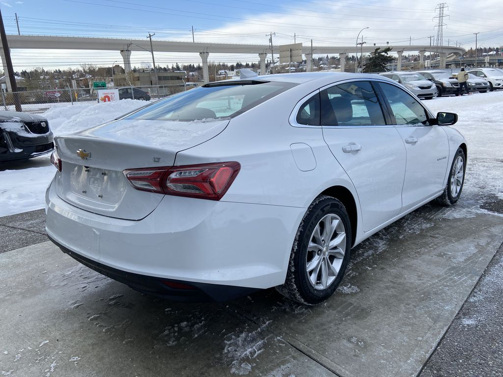 White[Iridescent Pearl Tricoat] 2019 Chevrolet Malibu LT Right Rear Corner Photo in Calgary AB