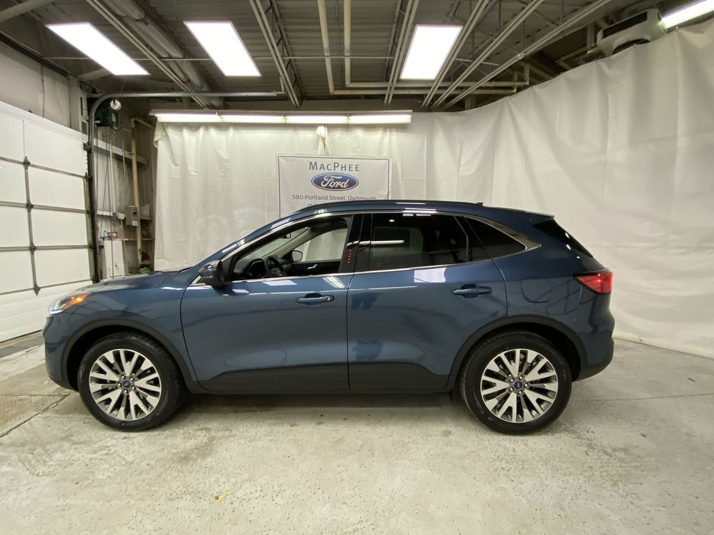 Blue[Blue Metallic] 2020 Ford Escape Left Side Photo in Dartmouth NS