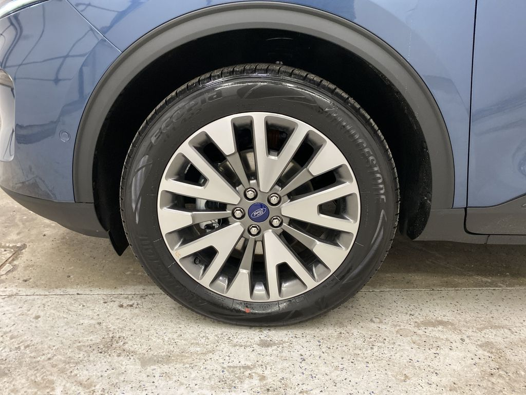 Blue[Blue Metallic] 2020 Ford Escape Left Front Rim and Tire Photo in Dartmouth NS