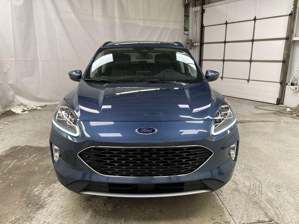 Blue[Blue Metallic] 2020 Ford Escape Front Vehicle Photo in Dartmouth NS