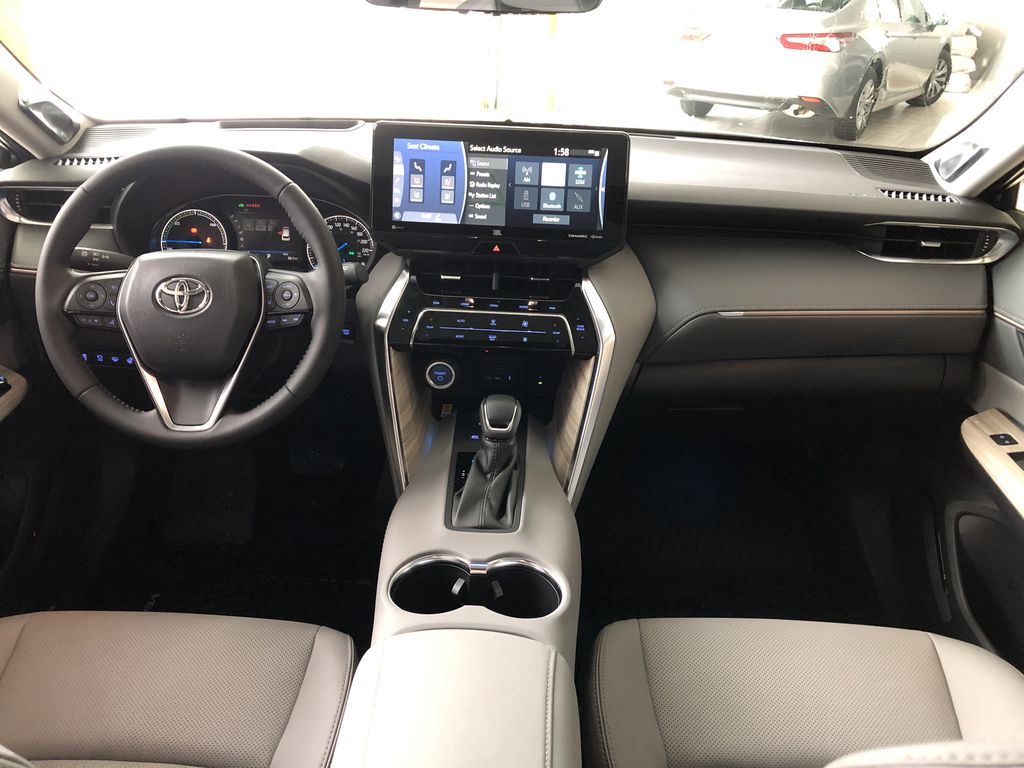 Blizzard Pearl 2021 Toyota Venza Hybrid Limited Right Side Photo in Edmonton AB