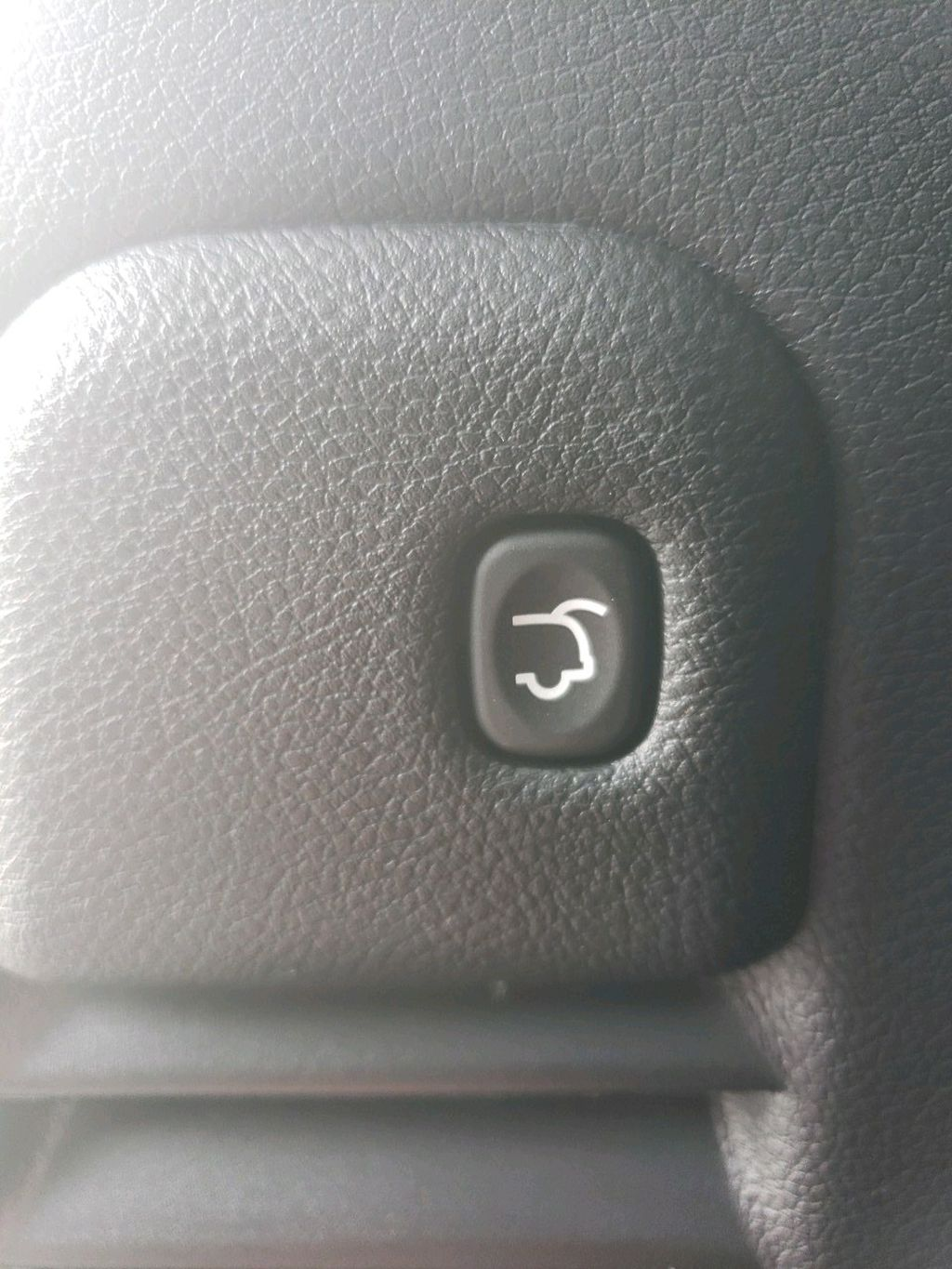White 2021 Jeep Grand Cherokee Odometer Photo in Fort Macleod AB