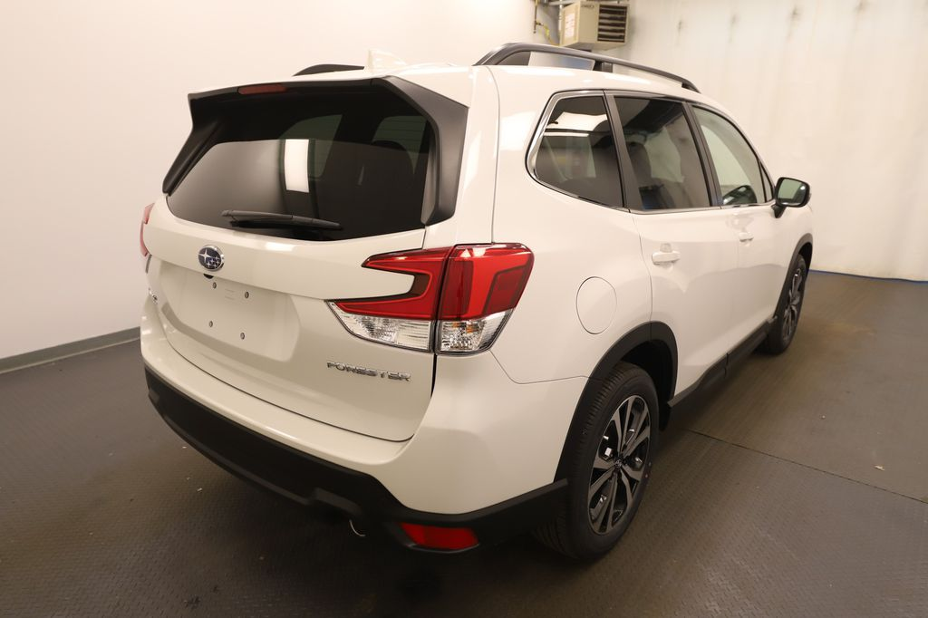 White 2021 Subaru Forester Left Front Head Light / Bumper and Grill in Lethbridge AB