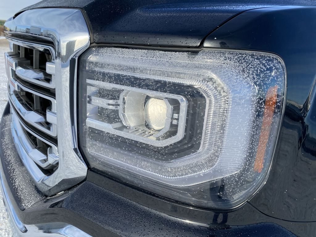 Black[Onyx Black] 2017 GMC Sierra 1500 Left Front Head Light / Bumper and Grill in Edmonton AB