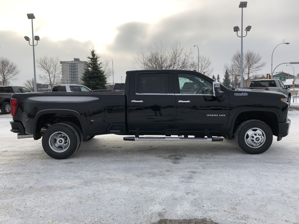 Black[Black] 2021 Chevrolet Silverado 3500HD Right Side Photo in Edmonton AB