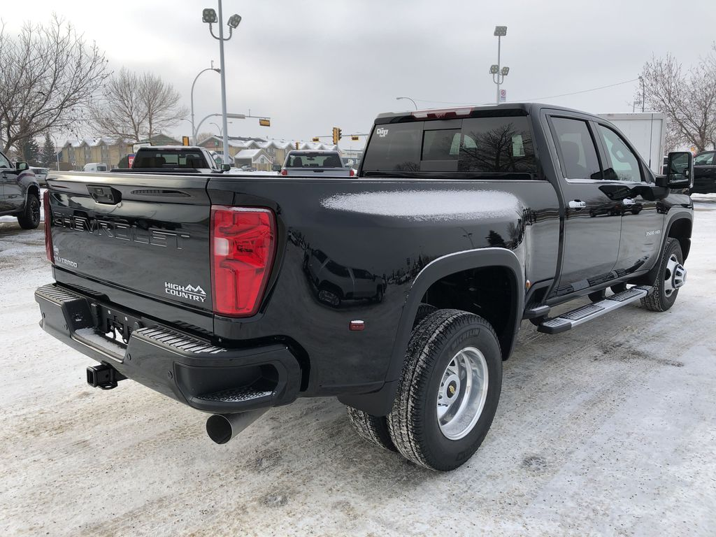Black[Black] 2021 Chevrolet Silverado 3500HD Right Rear Corner Photo in Edmonton AB