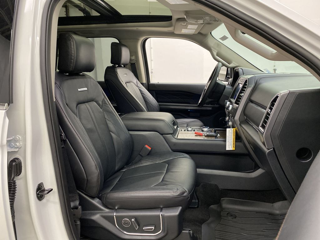 White[Star White Platinum Metallic Tri-Coat] 2020 Ford Expedition Right Side Front Seat  Photo in Dartmouth NS