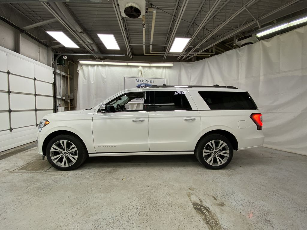 White[Star White Platinum Metallic Tri-Coat] 2020 Ford Expedition Left Side Photo in Dartmouth NS