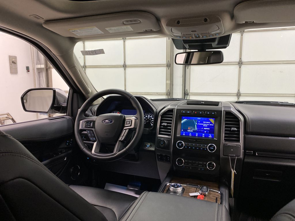 White[Star White Platinum Metallic Tri-Coat] 2020 Ford Expedition Strng Wheel: Frm Rear in Dartmouth NS