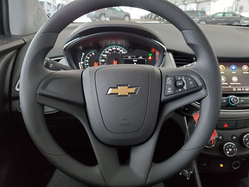 White 2021 Chevrolet Trax Front Vehicle Photo in Airdrie AB