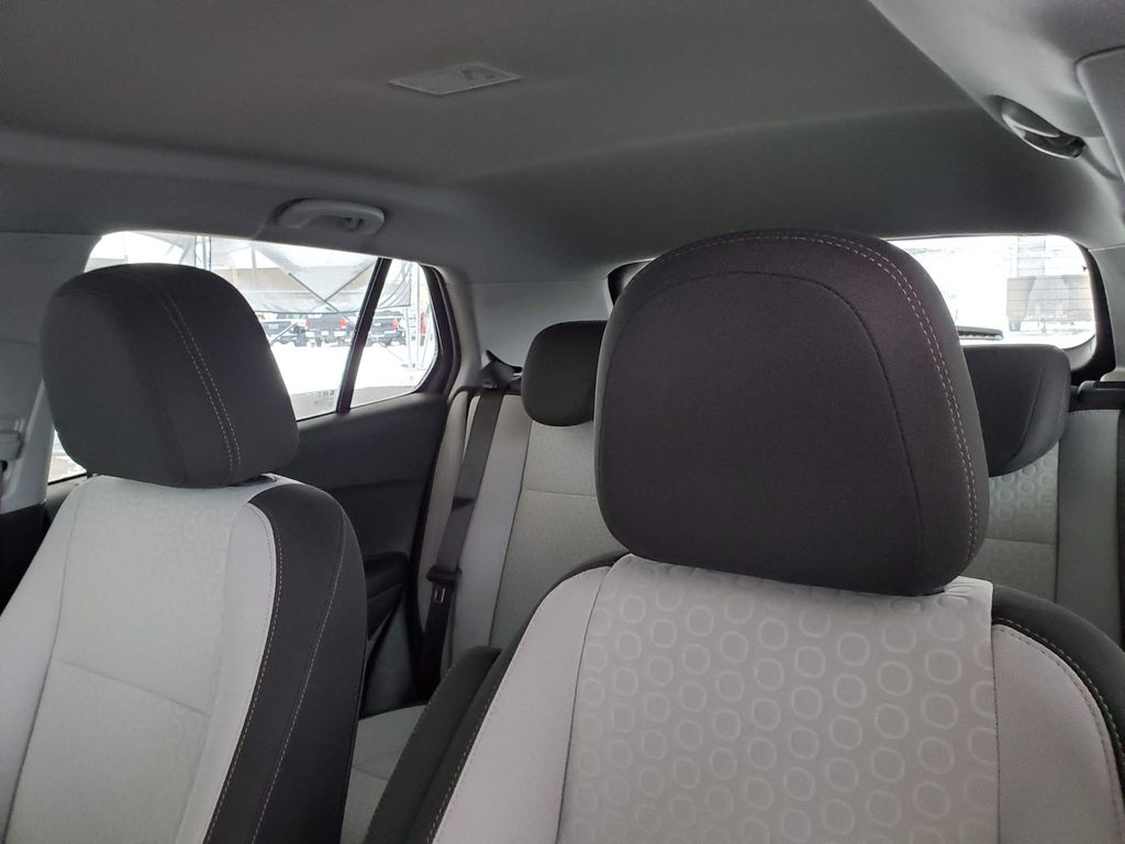 White 2021 Chevrolet Trax Driver's Side Door Controls Photo in Airdrie AB