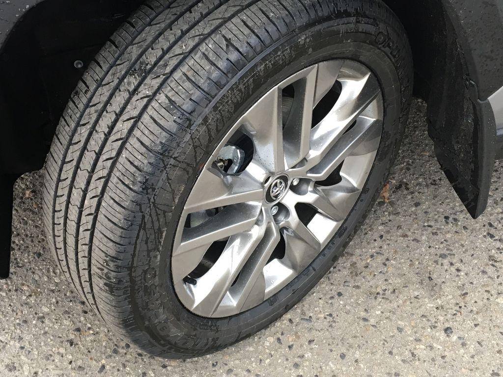 Silver[Silver Sky Metallic] 2021 Toyota RAV4 XLE AWD Left Front Rim and Tire Photo in Kelowna BC