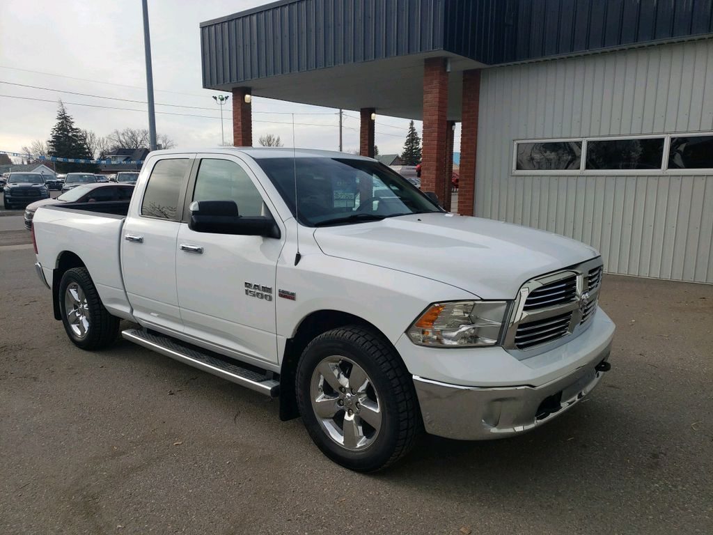 White 2015 Ram 1500 Left Front Rim and Tire Photo in Fort Macleod AB