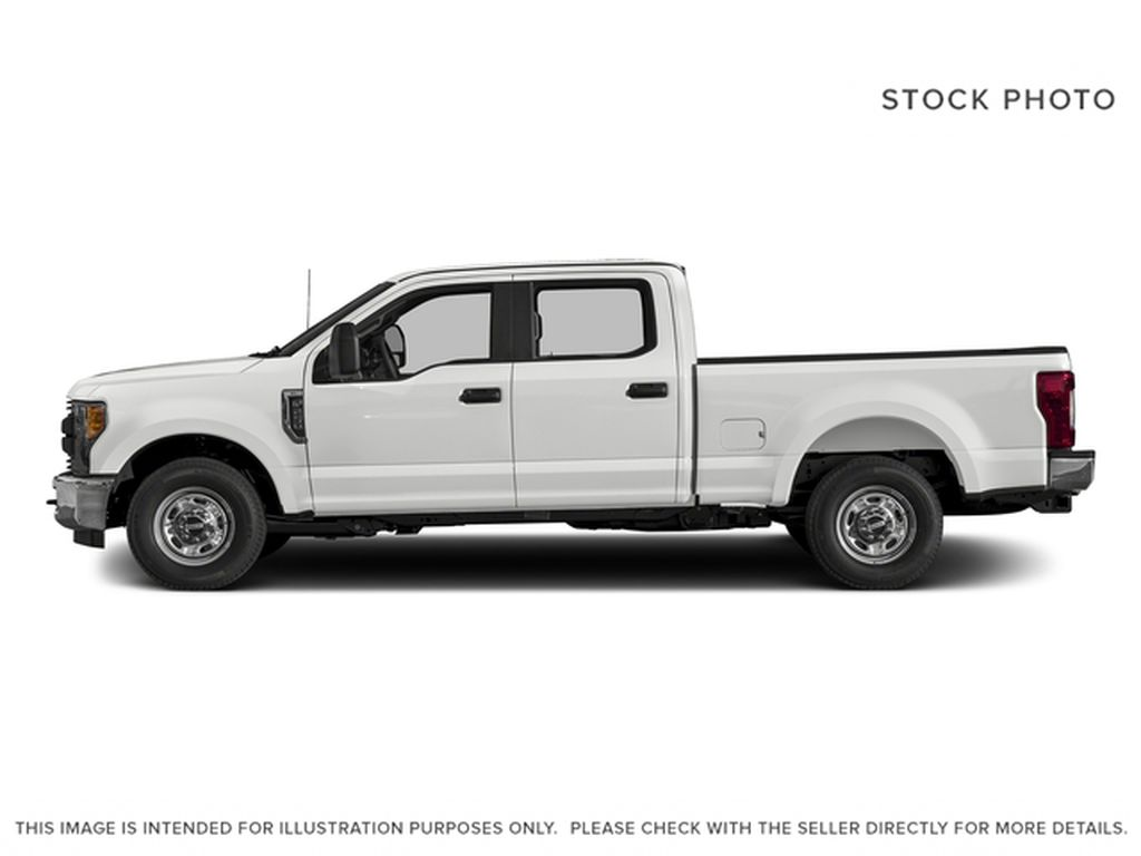 White[Oxford White] 2017 Ford Super Duty F-350 SRW Left Side Photo in Fort Macleod AB