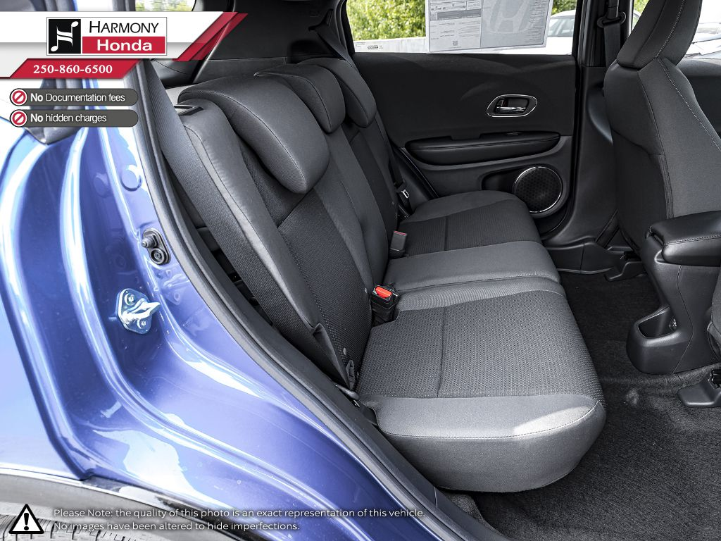 BLUE B-593M 2020 Honda HR-V Right Side Front Seat  Photo in Kelowna BC