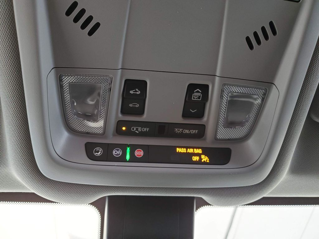 Black 2020 GMC Terrain Odometer Photo in Airdrie AB