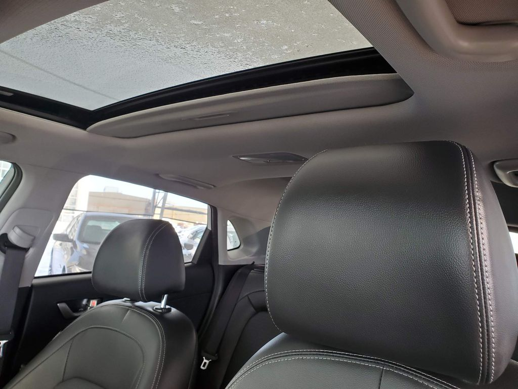 White 2018 Hyundai Kona Driver's Side Door Controls Photo in Airdrie AB