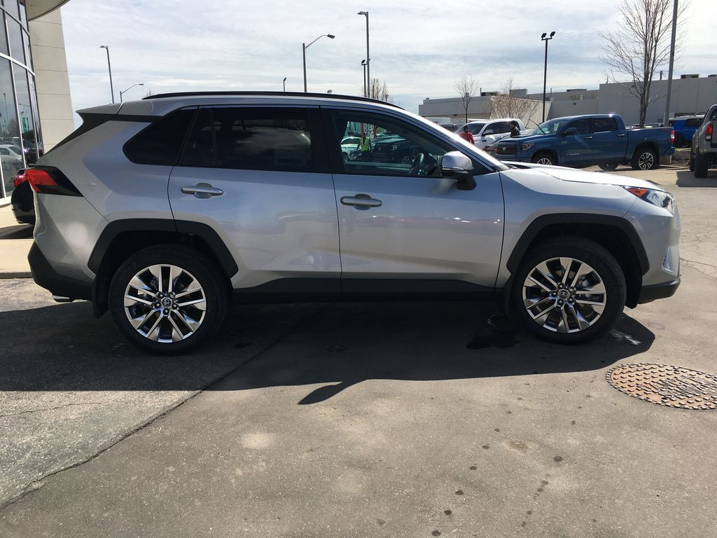 Silver[Silver Sky Metallic] 2021 Toyota RAV4 AWD XLE Premium Package R1RFVT BM Right Side Front Seat  Photo in Brampton ON