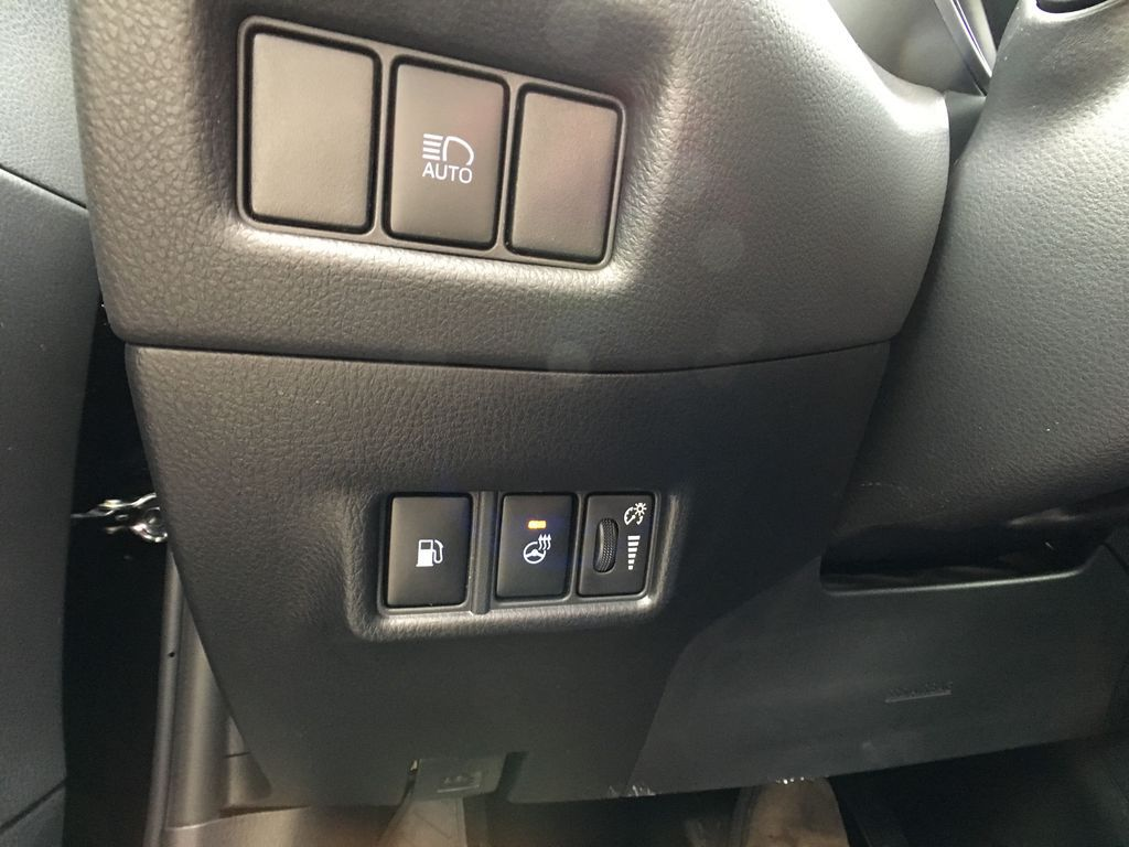 Black[Black Sand Pearl] 2021 Toyota C-HR XLE Premium Package KHMBYC AD Right Front Interior Door Panel Photo in Brampton ON