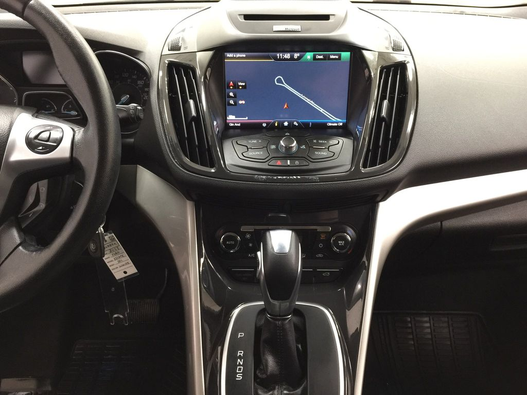 White[White Platinum Tricoat] 2013 Ford Escape SEL AWD Central Dash Options Photo in Sherwood Park AB