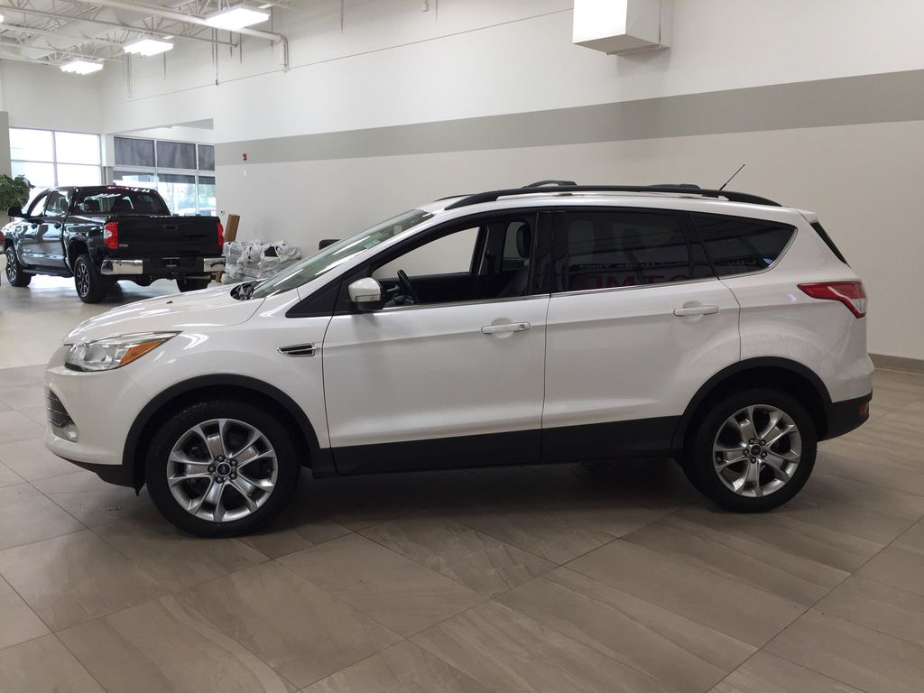 White[White Platinum Tricoat] 2013 Ford Escape SEL AWD Left Side Photo in Sherwood Park AB