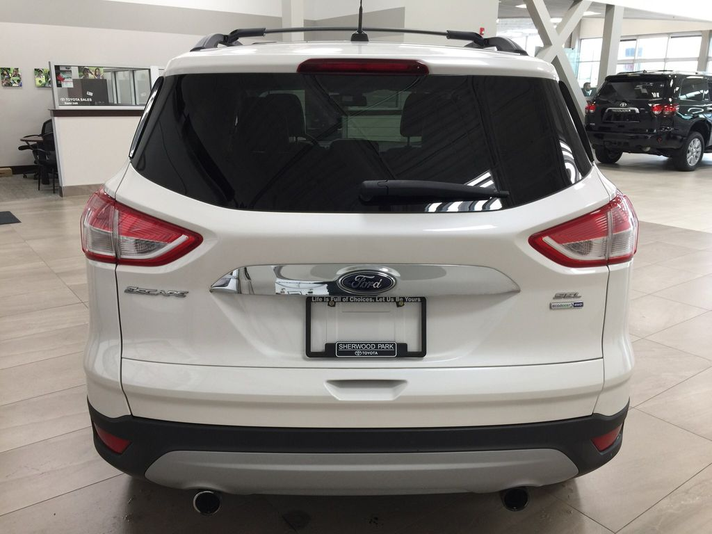 White[White Platinum Tricoat] 2013 Ford Escape SEL AWD Rear of Vehicle Photo in Sherwood Park AB