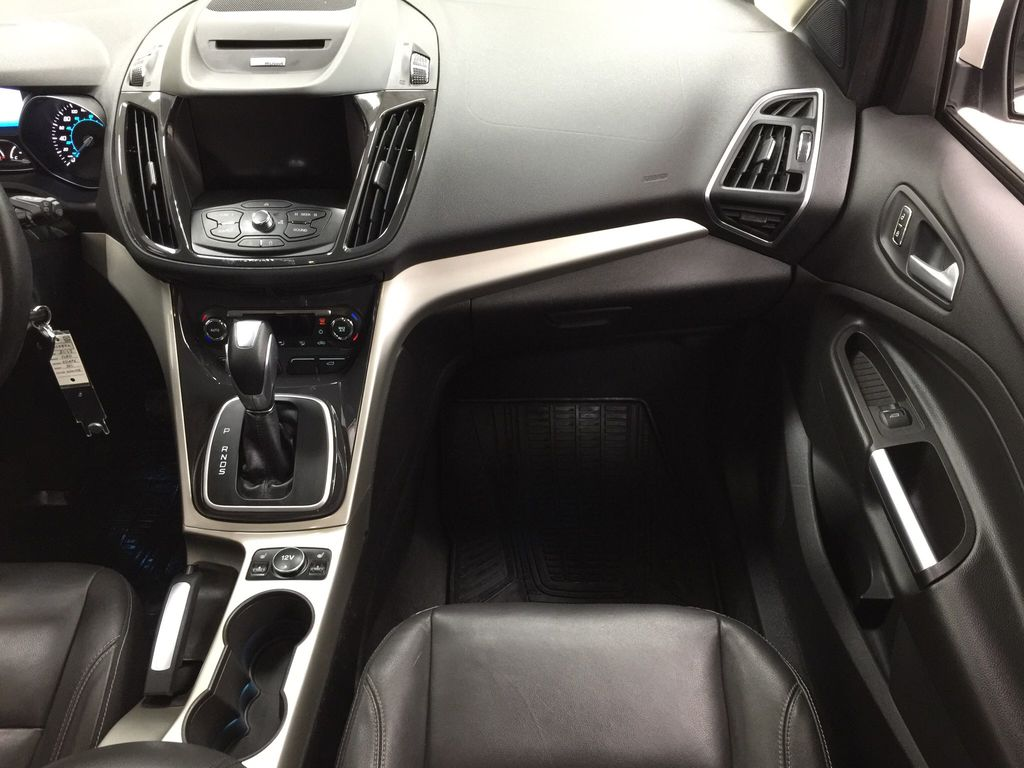 White[White Platinum Tricoat] 2013 Ford Escape SEL AWD Right Front Seat Photo in Sherwood Park AB
