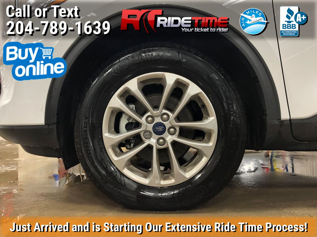 White[Oxford White] 2020 Ford Escape SE AWD - NAV, Bluetooth, Heated Seats, Bluetooth Left Front Rim and Tire Photo in Winnipeg MB