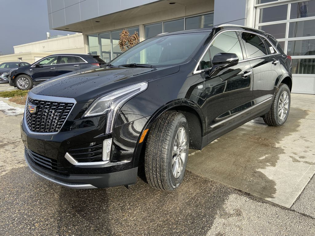 Black[Stellar Black Metallic] 2021 Cadillac XT5 Premium Luxury Left Front Head Light / Bumper and Grill in Calgary AB