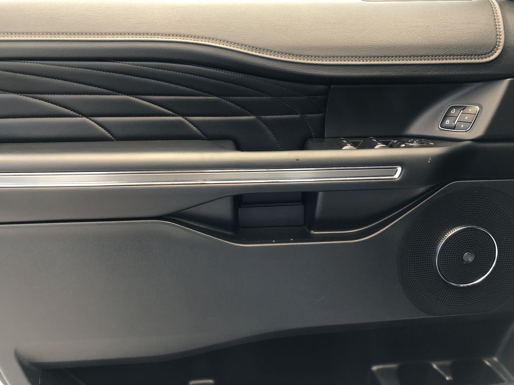 2019 Ford Expedition Left Front Interior Door Panel Photo in Edmonton AB