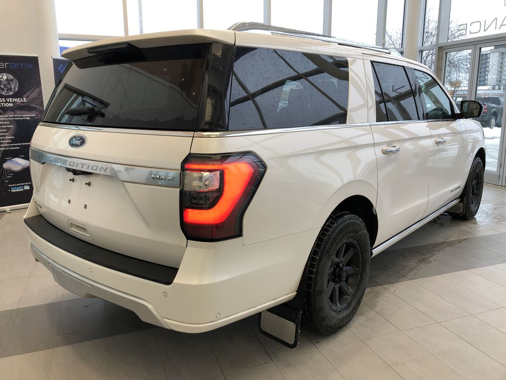 2019 Ford Expedition Right Rear Corner Photo in Edmonton AB