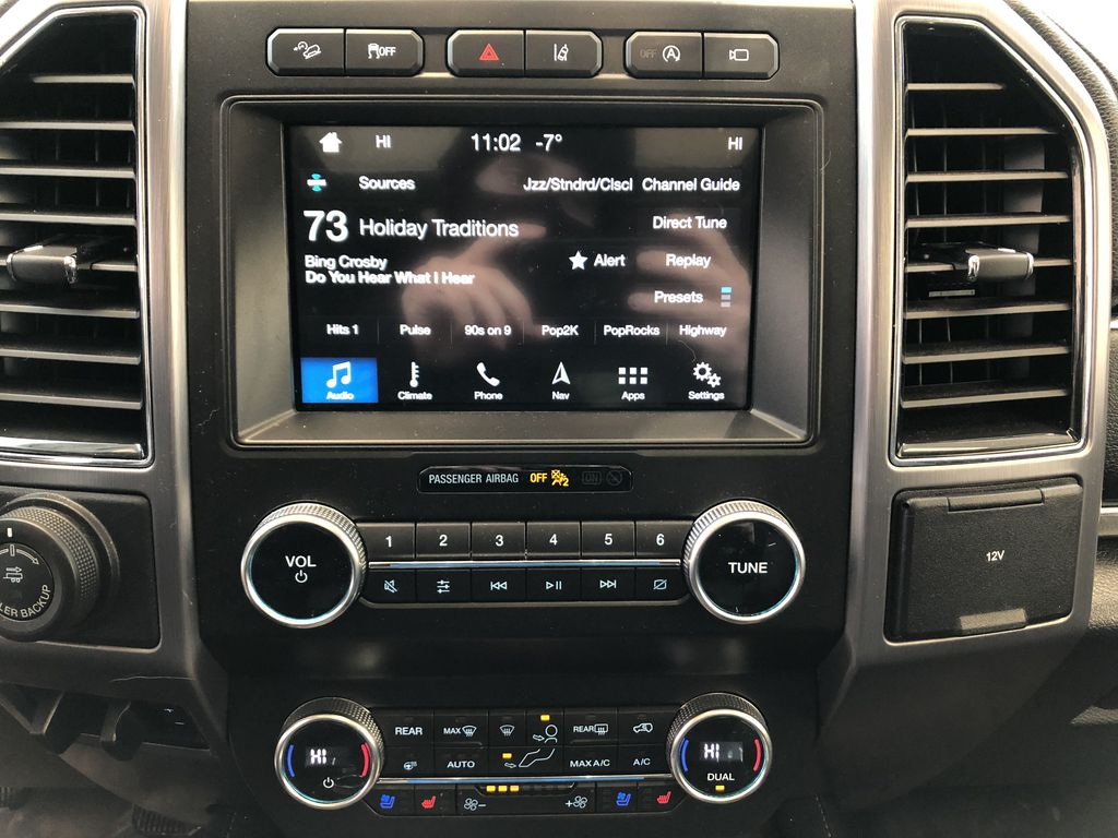 2019 Ford Expedition Central Dash Options Photo in Edmonton AB