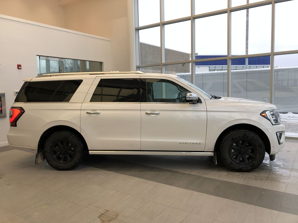 2019 Ford Expedition Right Side Photo in Edmonton AB